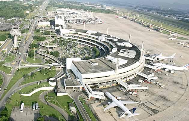 Aluguel de Carro no Aeroporto do Galeão no Rio de Janeiro (Tom Jobim)
